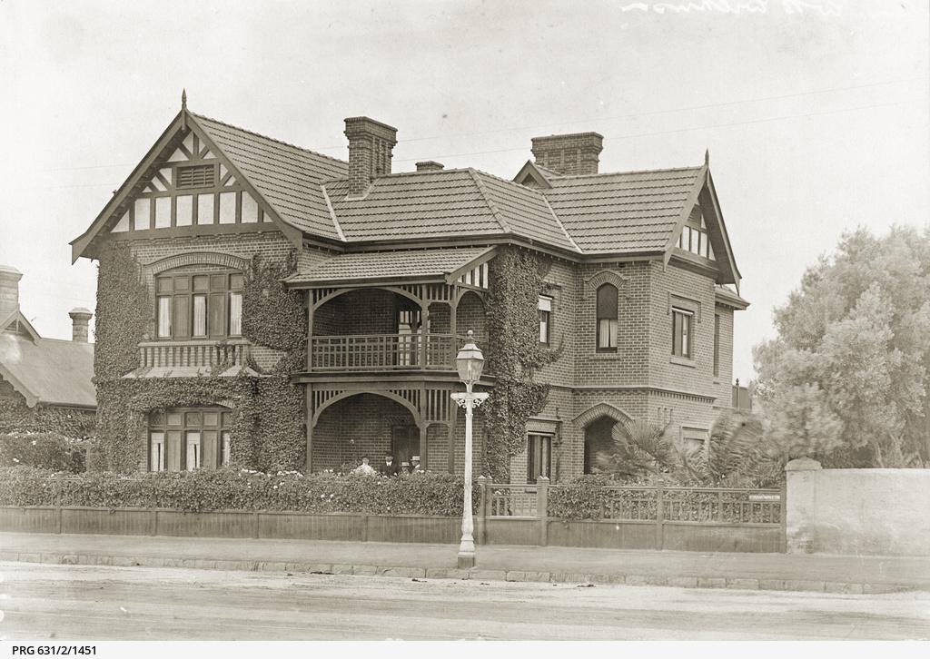 Strangways Terrace, North Adelaide