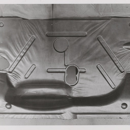 Sedan rear compartment panel.