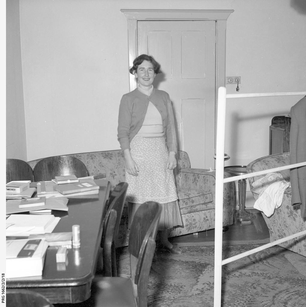 Woman wearing an apron
