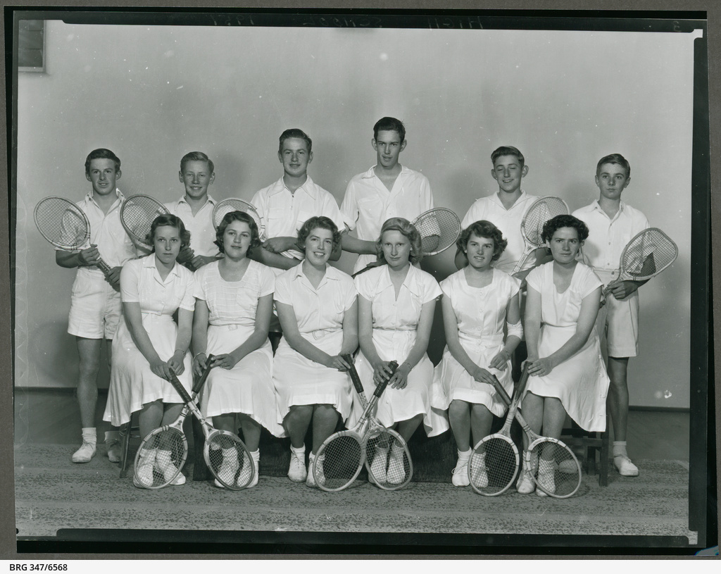 Tennis players from Mount Gambier High School