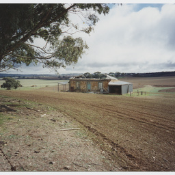 Ruins of a farm-house atTothill Rangers on the Heysen Trail