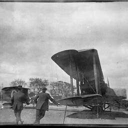 Spectators looking at the Vickers Vimy G-EAOU.
