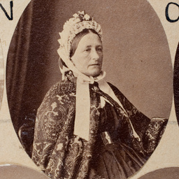 Group of [women] Old Colonists : Elizabeth Reynolds