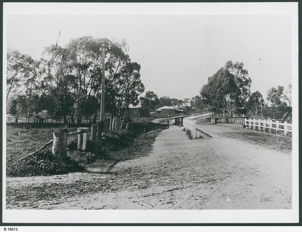Bridge, Clare