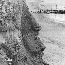 Port Willunga cliff face