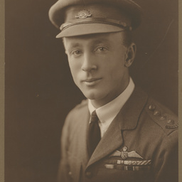 Sir Ross MacPherson Smith