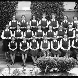 Students at the Convent School, Mount Gambier