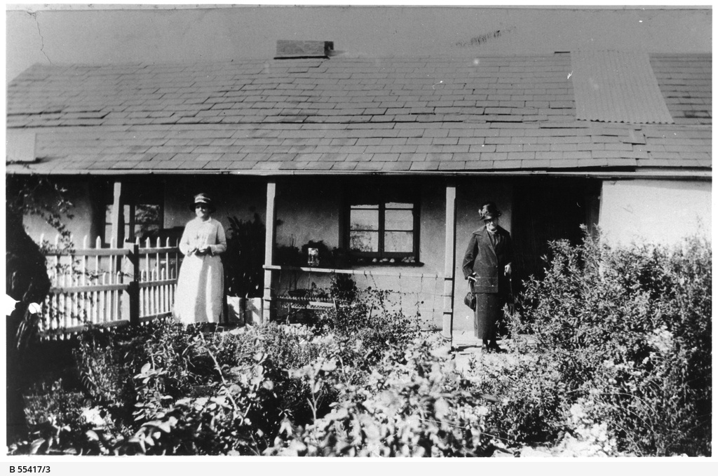 Alice and Elizabeth Dowty outside their Willunga residence