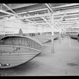 Folding boats