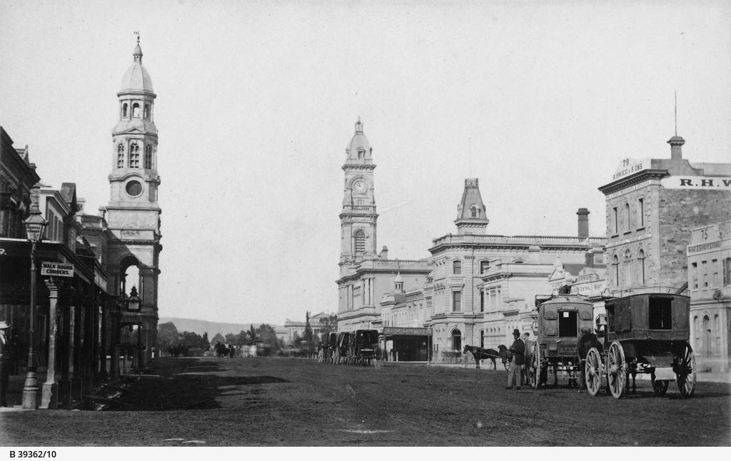 Adelaide Views : King William Street