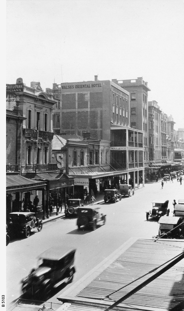 Rundle Street, about 60 yards east of Gawler Place, looking west