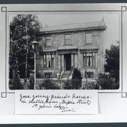 House front in Cheltenham, England