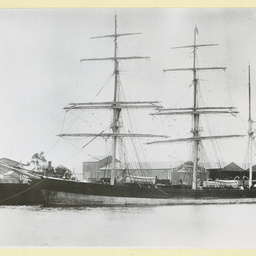 The 'County of Pembroke' in an unidentified port