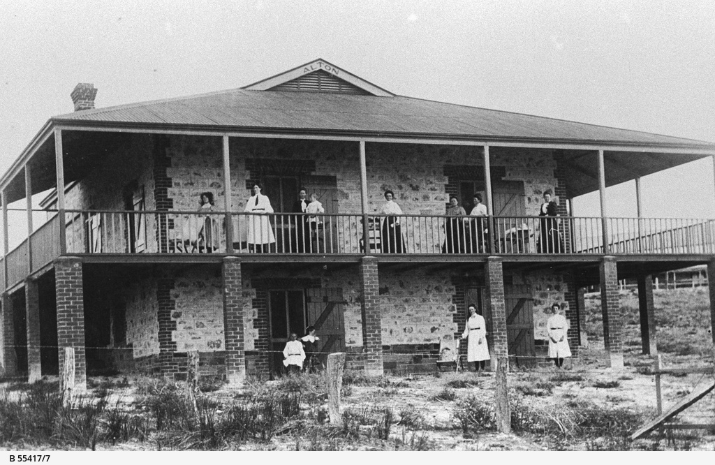Port Willunga guest house