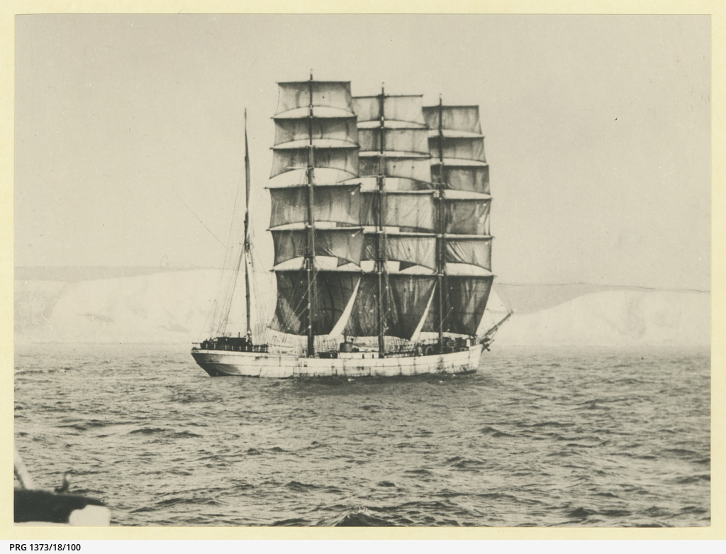 The 'Gifford' off the White Cliffs of Dover