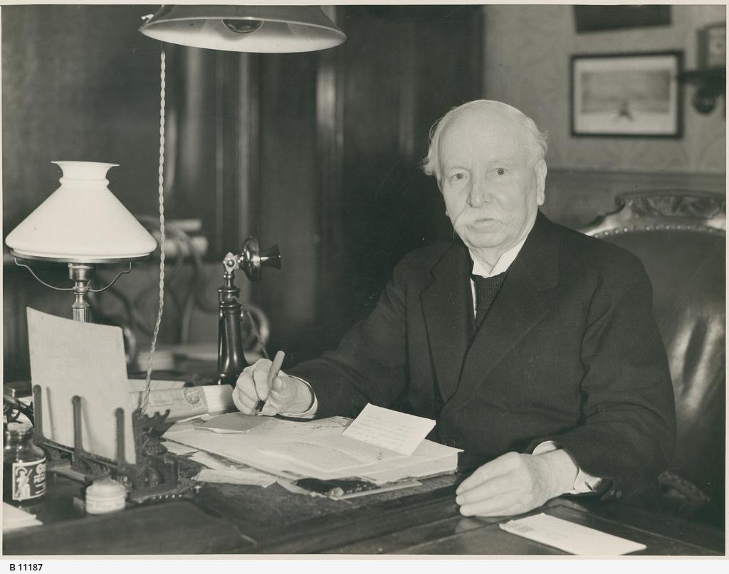 Sir John Langdon Bonython