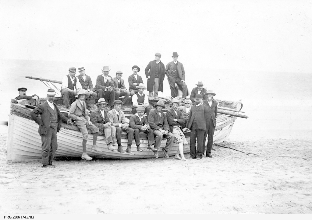 Rescue party for survivors of the 'Clan Ranald'