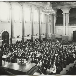 A lecture in the Adelaide Town Hall