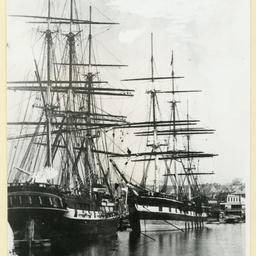 The 'Surrey' and 'La Hogue' at Sydney